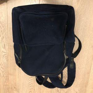 Navy everlane backpack